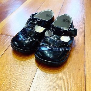 L'Amour Angel Baby Shoes, Black Patent Leather